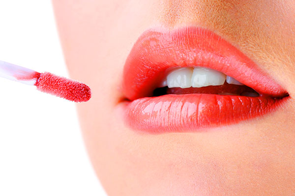 cracked lips treatment at home for winter season