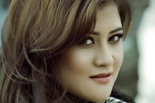 model-sushmita-dhakal