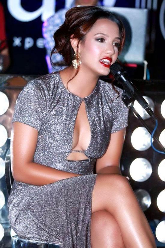 Priyanka-Karki-Singing-Photo