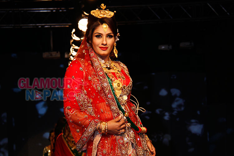 Raveena-Tandon-promoting-Jewellery-in-Nepal