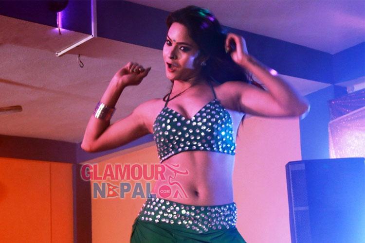 khusbu-khadka-item-dance-2