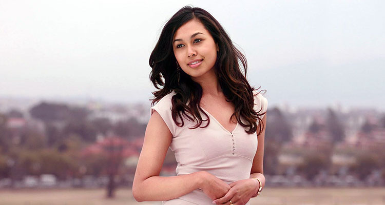 Prinsha  Shrestha no more holds Miss Nepal Earth 2014