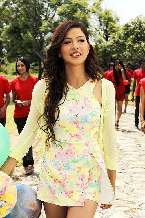 Samragyee RL Shah- Dreams Movie Photo
