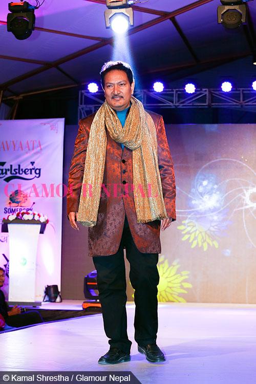 actor-krishna-malla-de-celebrity-runway