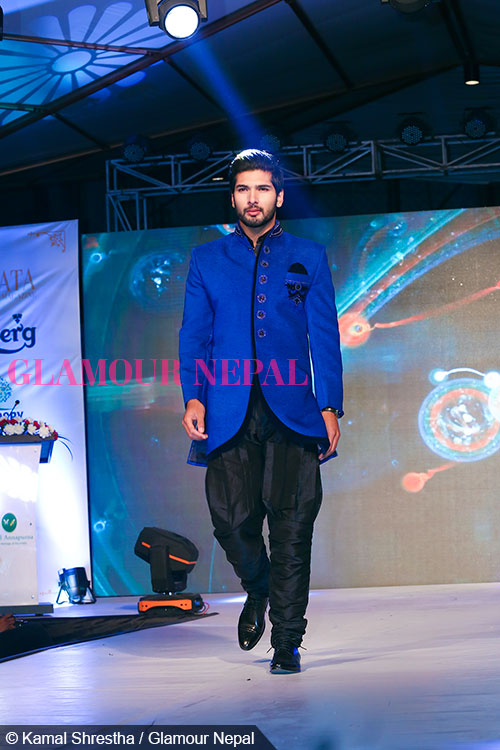 sushil-shrestha-de-celebrity-runway