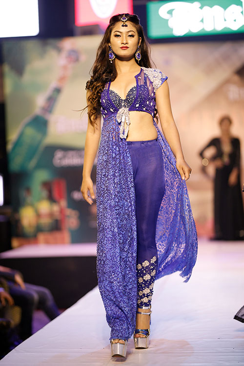 De' Celebrity Runway 2016 Images Gallery | Glamour Nepal