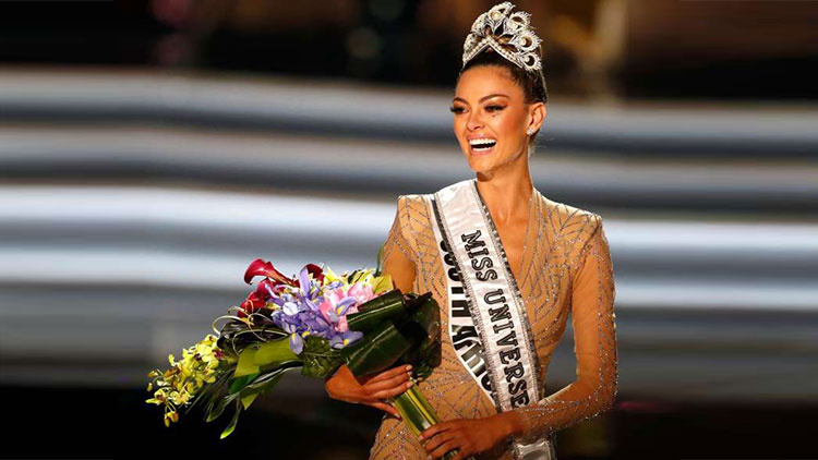 South African Demi Leigh Nel Peters is New Miss Universe