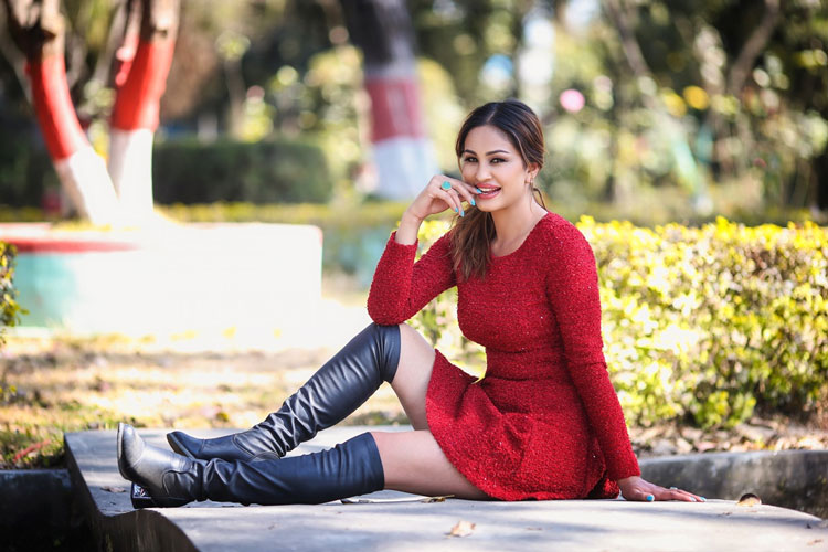 Anu Shah - Modle / Actress
