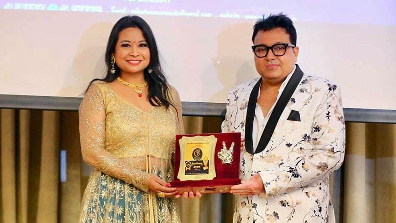 Manisha awarded with The Woman Entrepreneur Excellence Award 2019 in Dubai