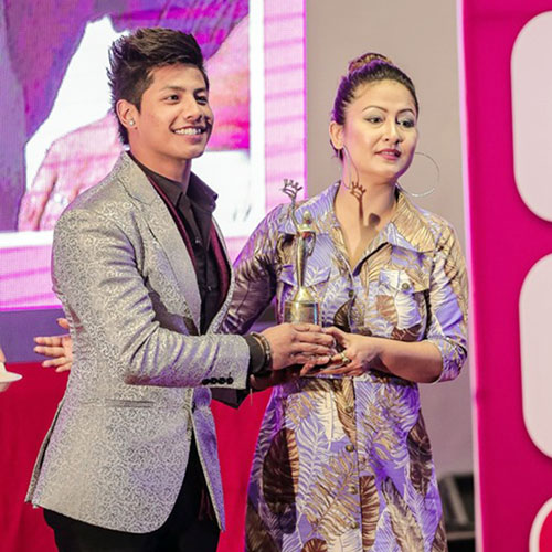 Rojin And Jayan Bags Legendary Fashion Choreographer Award Glamour Nepal